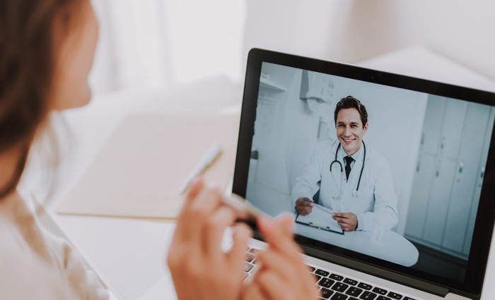 how to talk to doctors online